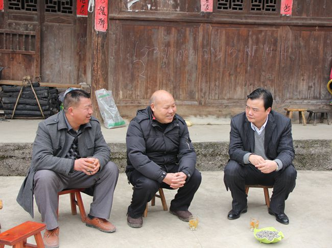 县委书记刘建新率队到江古开展春节慰问活动